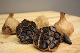 Black Garlic Health Benefits and Nutrition