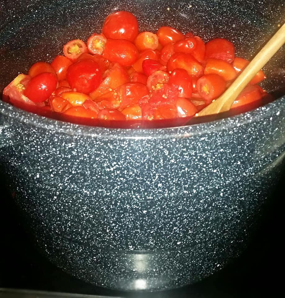 cooking and tomatoes, tomato harvest, tomato nutrition