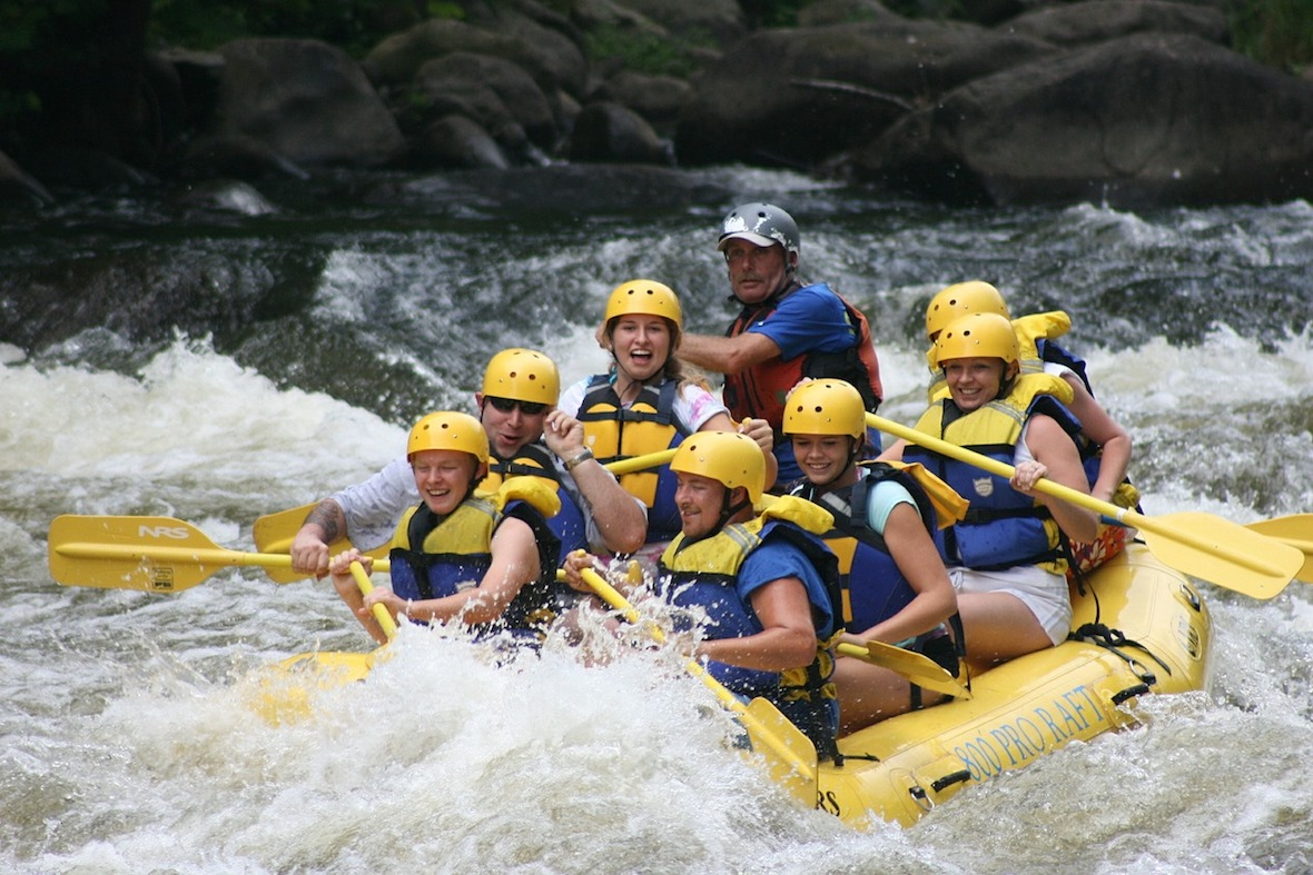 outdoor fitness, whitewater rafting